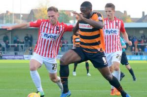 Barnet make three changes as Akinde returns for Daggers