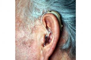 Scientists to probe links between hearing loss and dementia